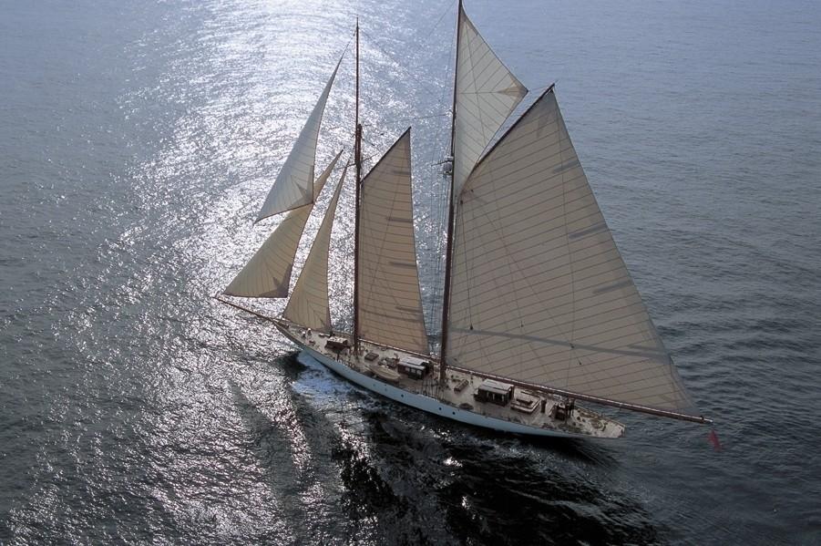 [49m-Yacht-INVADER]-2735-149